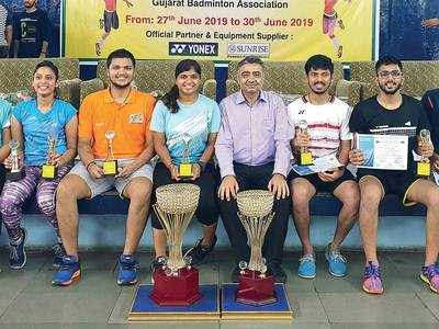 Surat's Shenan stars in badminton tourney