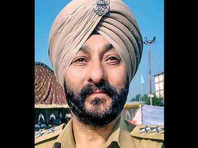 Arrested J&K SP Davinder Singh stripped of Sher-e-Kashmir medal