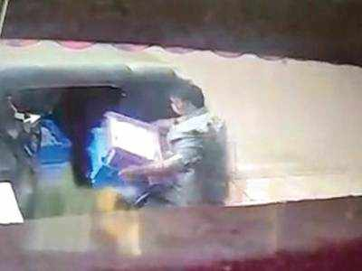 Auto driver turns milk thief to get income amid lockdown