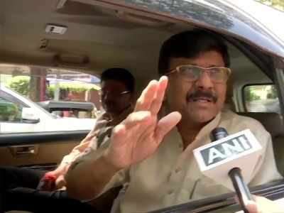 Sanjay Raut discharged from Lilavati hospital, displays fighting spirit