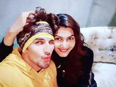 Sasural Simar Ka fame Manish Raisinghan gets married to Sangeita Chauhaan; see photos