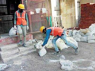 Incentives' allure retains labourers