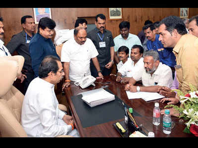 Dharavi redevelopment project sees new hope in Uddhav Thackeray, residents urge him to take up revamp stalled for 16 yrs