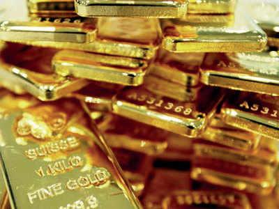 Gold smuggling: Customs officer got Rs 25k for every passenger that got safe passage