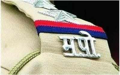 16 Mumbaikars owe cops Rs 3.55 crore