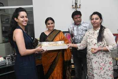 NT Rama Rao's family meet Vidya Balan, gift her a saree