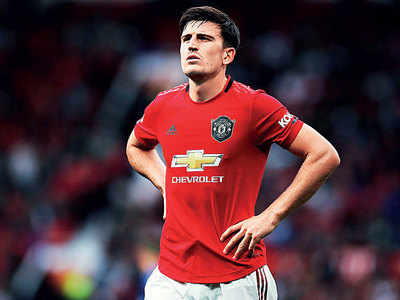Depleted Manchester United face Leicester City test