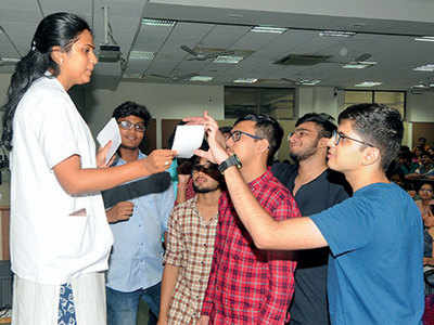 Month-long orientation to keep stress at bay