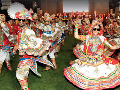 Will clubs dance to govt tune this Navratri?