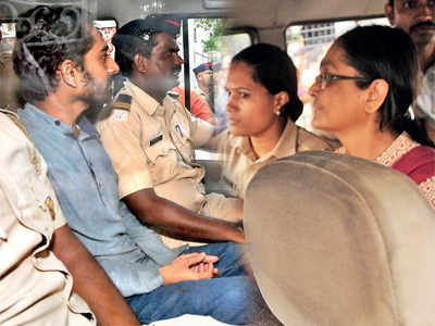 Maoists plotting another Rajiv Gandhi-like killing, claim cops