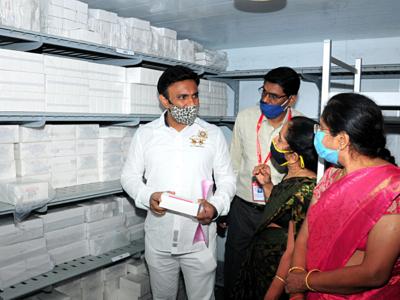 Karnataka Health Minister K Sudhakar inspects COVID-19 vaccination arrangements at Manipal Hospital