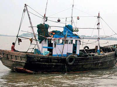 Pak detains 23 Indian fishermen off Gujarat coast