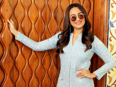 Sonakshi Sinha: I dated a celebrity and the world doesn't know