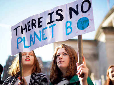 'Climate emergency', say 11,000 scientists