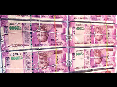 Fake notes seized from airport; one arrested