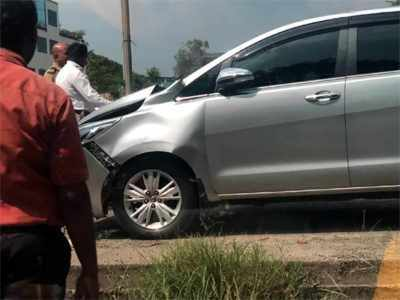 Raj Thackeray's wife Sharmila's car meets with an accident, no injuries reported