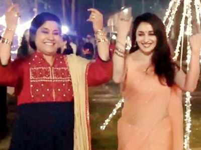 Madhuri Dixit shares a throwback video to wish Renuka Shahane on her birthday