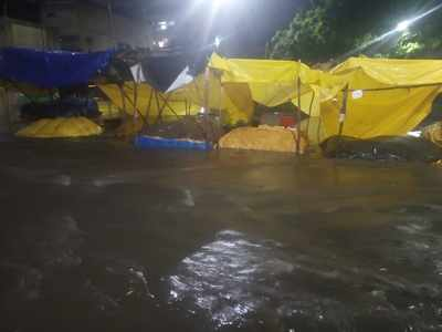 Torrential rains inundate many areas in Hyderabad