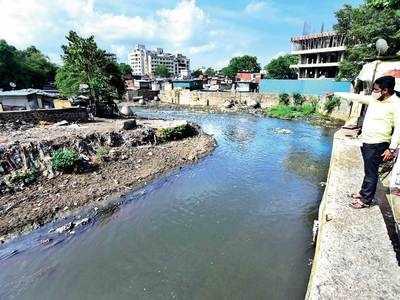 De-clog Ambil Odha, say Dandekar bridge locals
