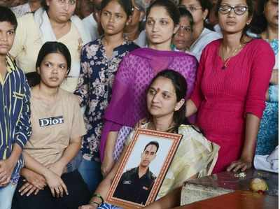 As tribute to late husband, Prasad Mahadik's wife Gauri all set to join Army