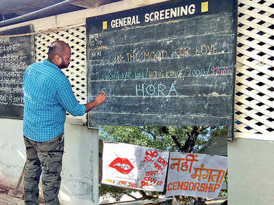 Police 'sneak in' at controversial film screening at FTII