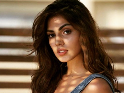 Rhea Chakraborty shares screenshot of rape, death threat she received after Sushant's demise; says 'Enough is Enough'
