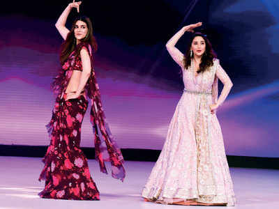 Kriti Sanon's 'surreal experience' of dancing with Madhuri Dixit
