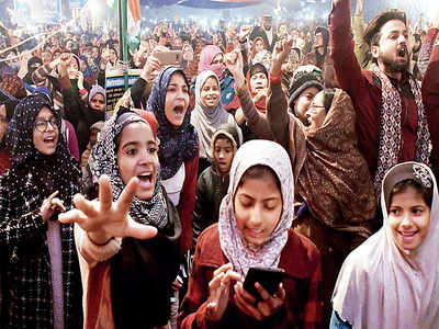 Mothers at Shaheen Bagh are protesting against Jamia violence for more than a fortnight now