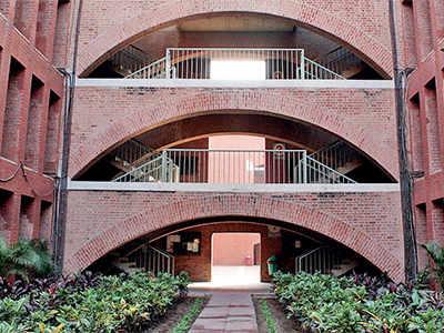 Six IIM Ahmedabad students to start own ventures