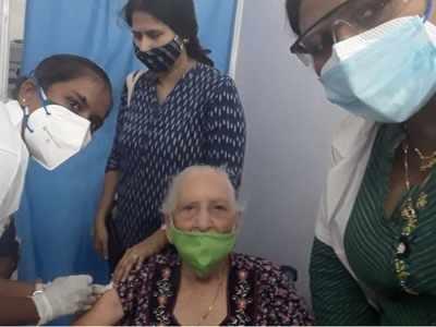 Mumbai: 102-year-old woman gets vaccinated at Kohinoor Park Centre