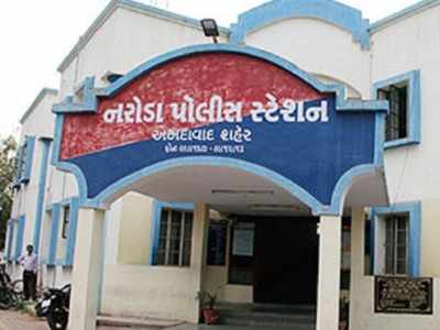 Ahmedabad youth accuses bookie of threatening, robbing him
