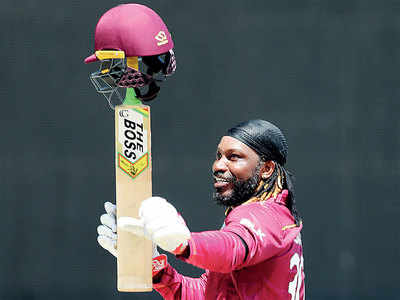 Chris Gayle flays India with sparkling 72