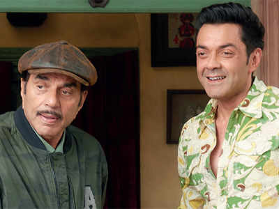 Bobby revisits Dharmendra's iconic act from Sholay