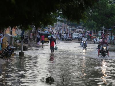 Fresh rains add to Hyderabad's pain; IMD predicts heavy rains till October 21