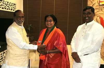 Telangana Congress manifesto panel chief Damodar Raja Narsimha's wife Padmini Reddy joins BJP, hails PM Narendra Modi