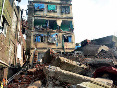 Bhiwandi building collapse: Developer, landowner booked