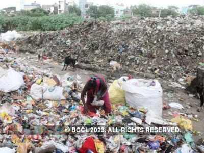 AMC sanitation workers strike work in Khokhra