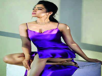 Rashmika Mandanna sizzles in sultry satin