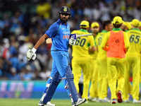 India vs Aus: Third ODI halted due to rains in Melbourne