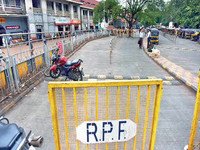 Dance troupe claims harassment from RPF official on train; denied written complaint