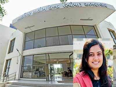 Amdavadi girl in UPSC Top 50