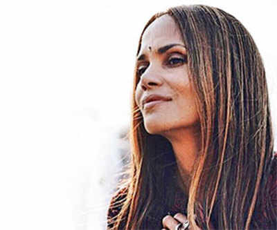 Halle Berry visits Kerala for 'ayurveda treatment'