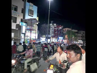 Chandan Nagar market shut for overcrowding