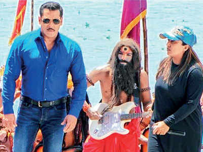 "Makers remove objectionable content from ""Hud Hud Dabangg"" song in Salman Khan's Dabangg 3"