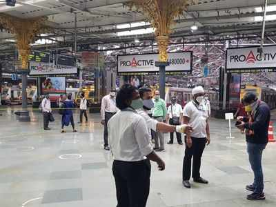 Mumbai local: 86 essential workers caught travelling without tickets at CSMT