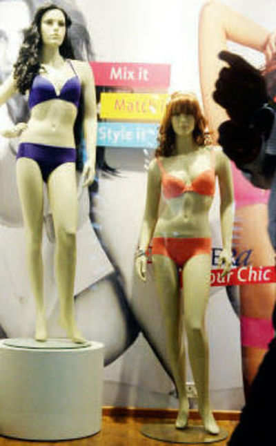 Mannequins and dummies