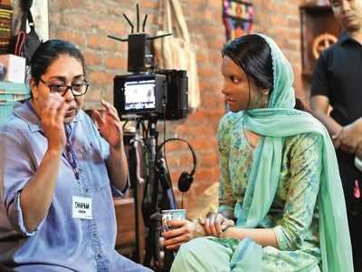 Ranveer Singh writes heartfelt note praising Meghna Gulzar, Deepika Padukone for Chhapaak