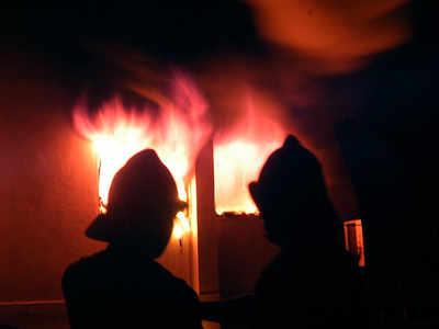 Second victim of Bandra apartment fire succumbs