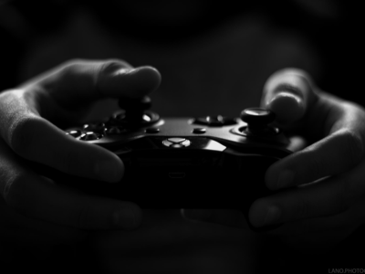 Microsoft set to leverage cloud dominance in console war with Sony