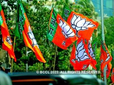BJP to go solo in 2022 Mumbai civic body polls against Shiv Sena